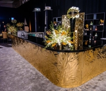 Gold Mirrored Petals Bar
