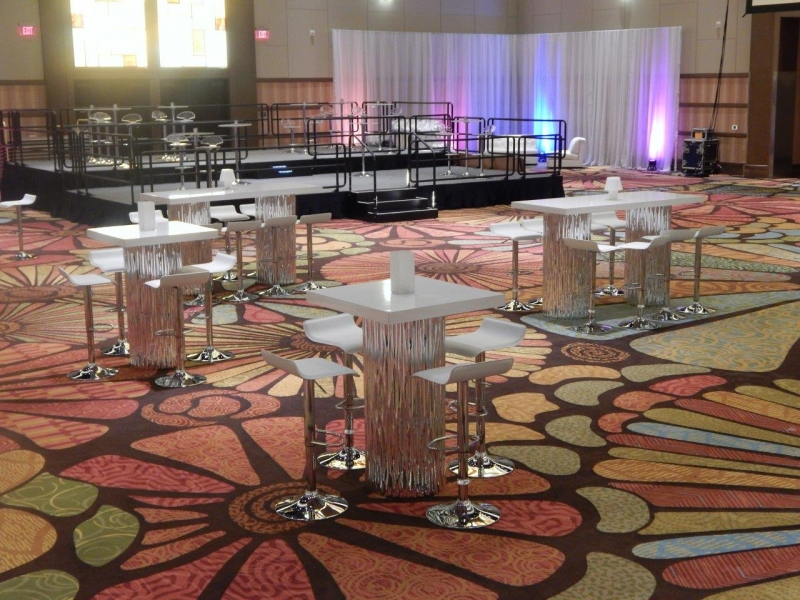 Mirrored Wave High Top Table