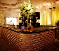 Gatsby Gold Mirrored 18'x15' Center Bar